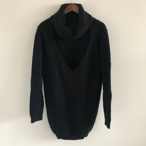NWT LF Seek the Label Black Choker Sweater Small